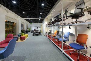 Hitec Offices - Office Chair Furniture Showroom Dubai